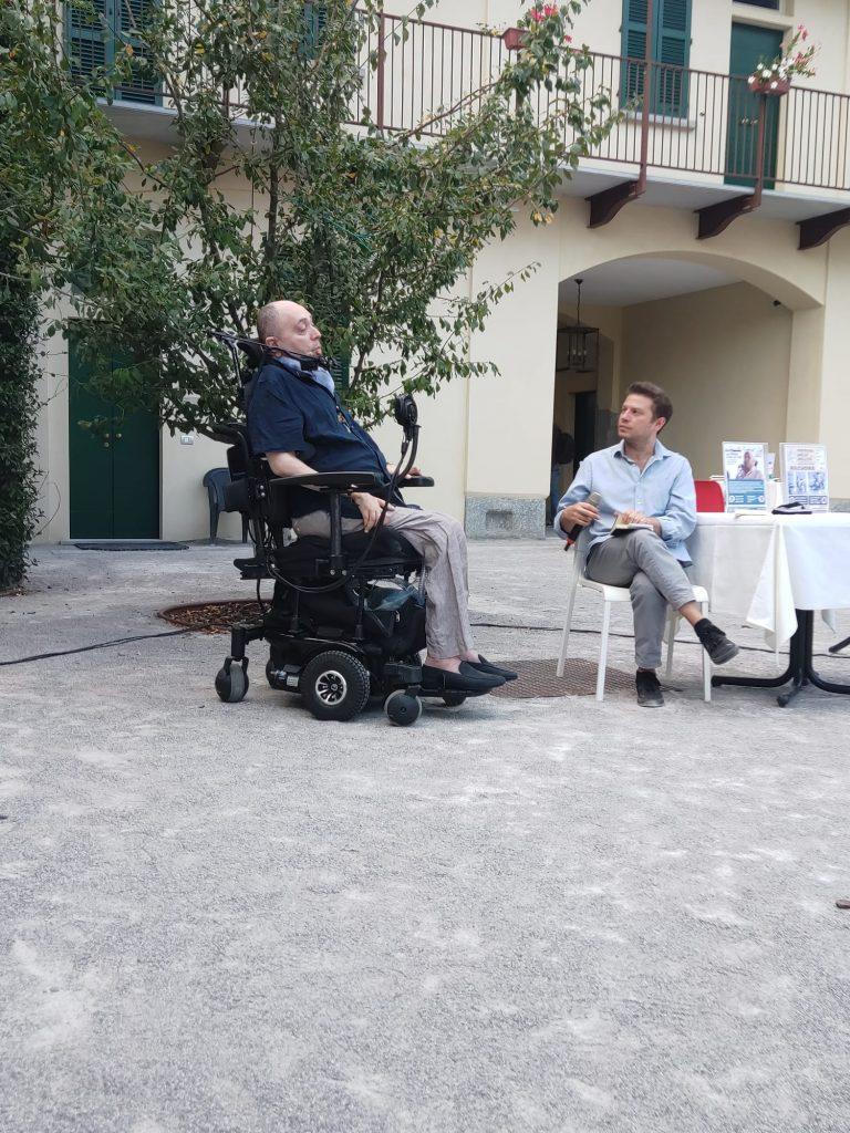 """Antonio Giuseppe Malafarina e Vlad Scolari nell'incontro """"La Poesia è nelle cose"""""""